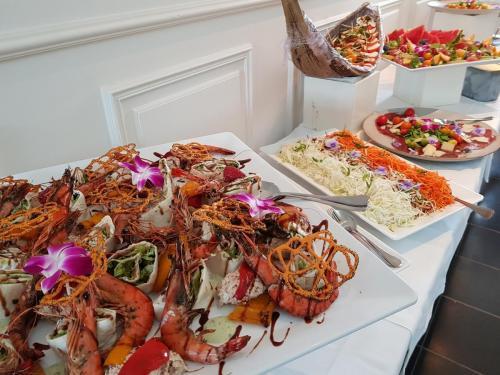 koud-buffet-zeevruchtenschotel