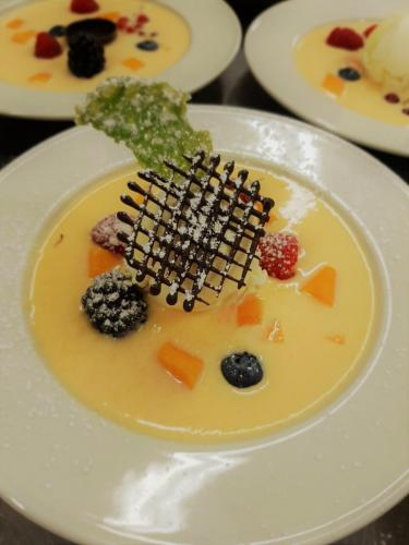 dessert-meloensoepje-fruit-chocolade